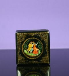 Antique/Russian lacquer box Samira***