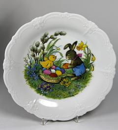 Large plate for Easter**