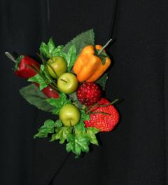Fruit/Vegetable Brooch Aimée Bloom*