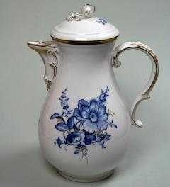 Meissen coffee pot**