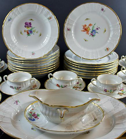 kristall dahlia online shop antique porcelain crockery antiques art antiques. Black Bedroom Furniture Sets. Home Design Ideas